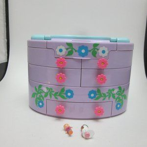 Polly Pocket case with 2 figures